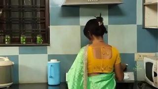 పక్కింటి కుర్రాడి తో – Pakkinti Kurradi Tho – Telugu Romantic Short Film