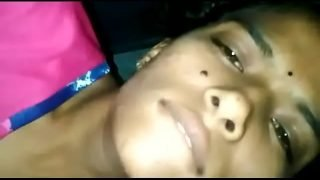 Indian teen gets orgasm while doing fingering